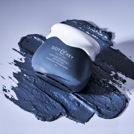 Dot & Key Pore Decongesting + Detoxifying Charcoal Mousse Mask (50ml)