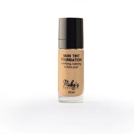 Ruby's Organics Foundation LM 01.5 makeup medium skin tones warm undertones transfer-proof vegan india makeup cosmetics