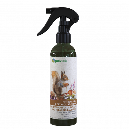Petveda Awaken - Warm Earthy Cedarwood & Relaxing Lavender Deodorizing Spray (250ml)