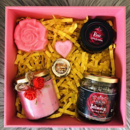 Laviche - Rose Essentials Gift Box